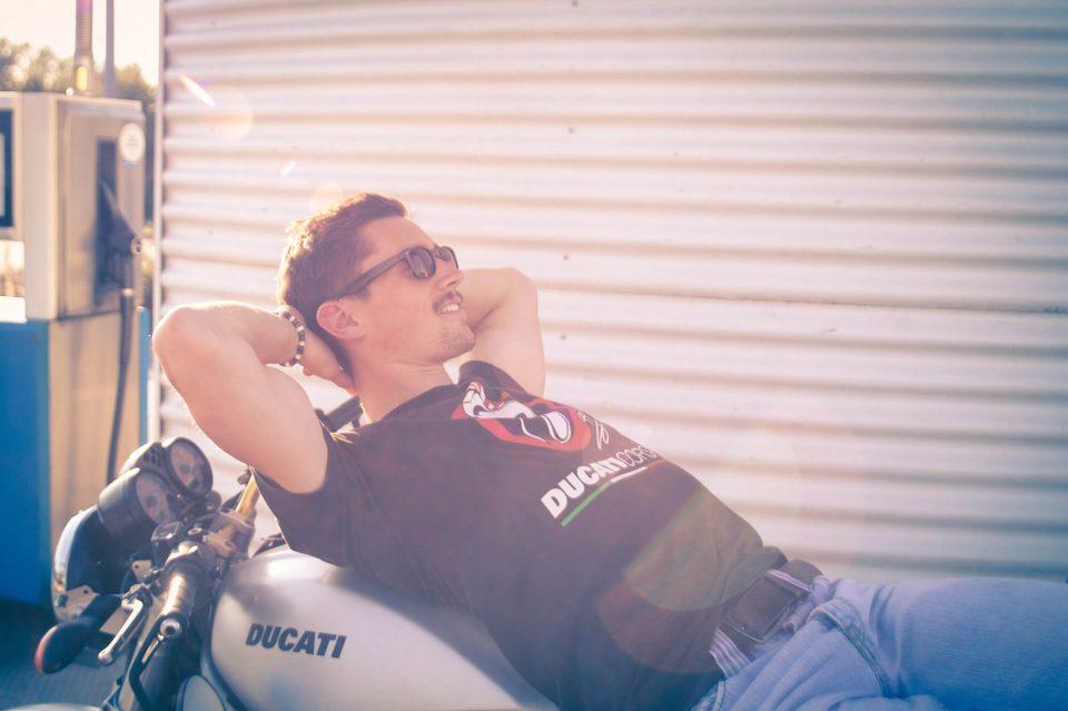 Chris auf Motorrad